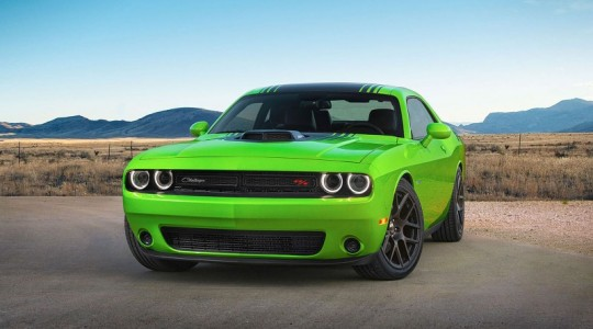 2015-challenger-performance-packages-shaker-1